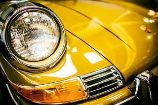 jak chronić lakier samochodu