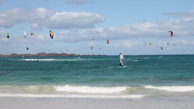 windsurfing w trakcie zimy