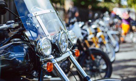 bezpieczeństwo na motorze