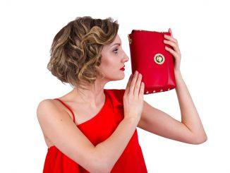 kobieta modna torebka 2018