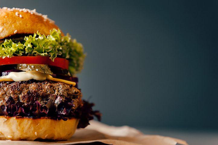 Burgery również dla wegetarian? Zobacz wersje bezmięsne!