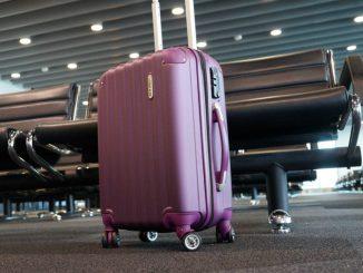 jak nie przepłacać za bagaż w podróży
