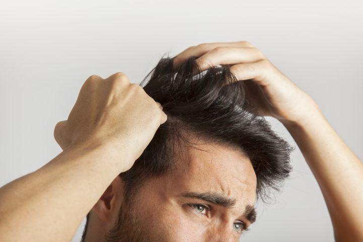 Jak zapobiegać łysieniu?