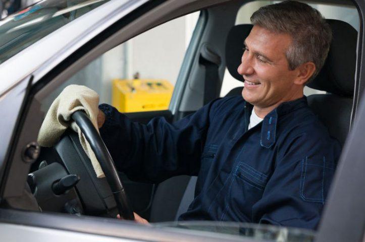 Najczęstsze przyczyny drgań na kierownicy? Sprawdź to!