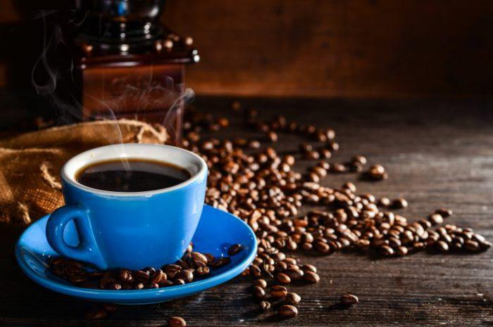 Jaki ręczny młynek do kawy wybrać?