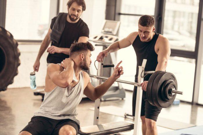 Gryfy do ćwiczeń – jakie są rodzaje i jaki wybrać?