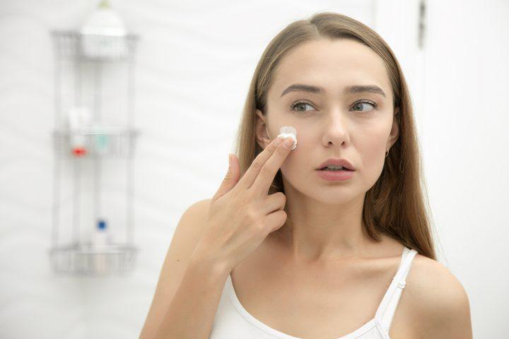 Jak ochronić skórę przed smogiem?