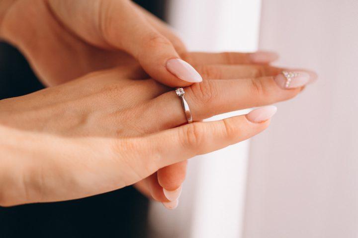 Obrączki srebrne i złote jako codzienna biżuteria? Nie tylko na ślub!