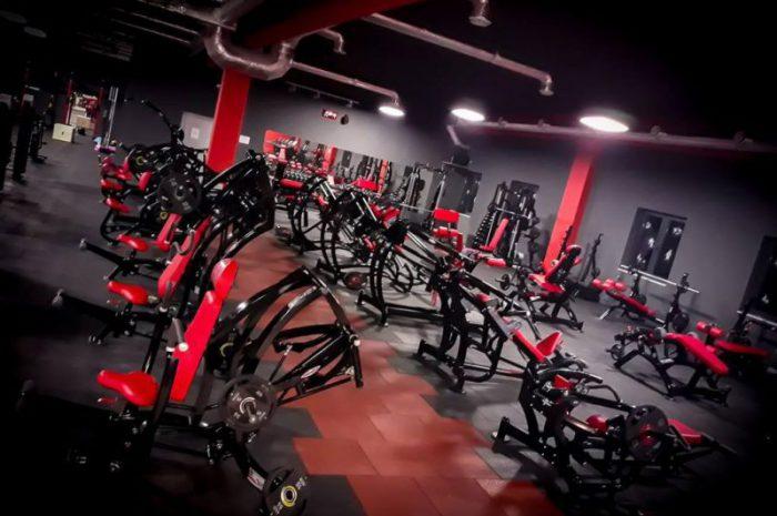 Ile kosztuje wyposażenie profesjonalnej siłowni?