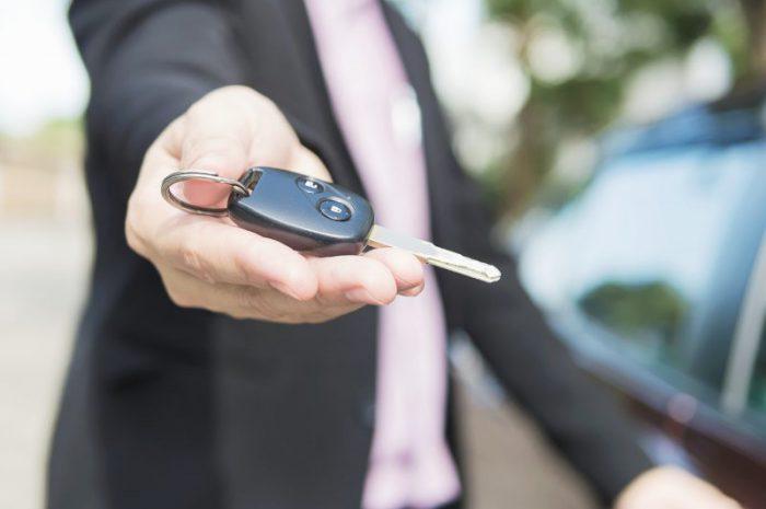 Czy warto sprzedać auto w skupie samochodów?
