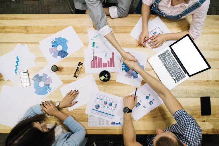Moderowanie treści w internecie w obszarze MŚP – jak to robić?