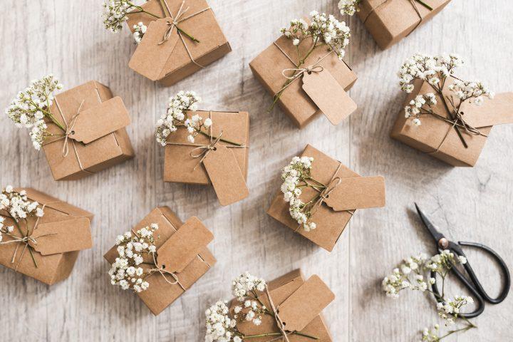 Jak wybrać stylowy prezent dla młodej pary?