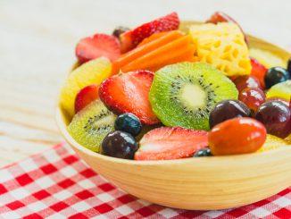 koszyk świeżych owoców