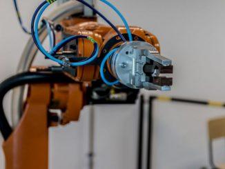 robot przemysłowy