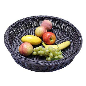 koszyk polirattanowy z owocami