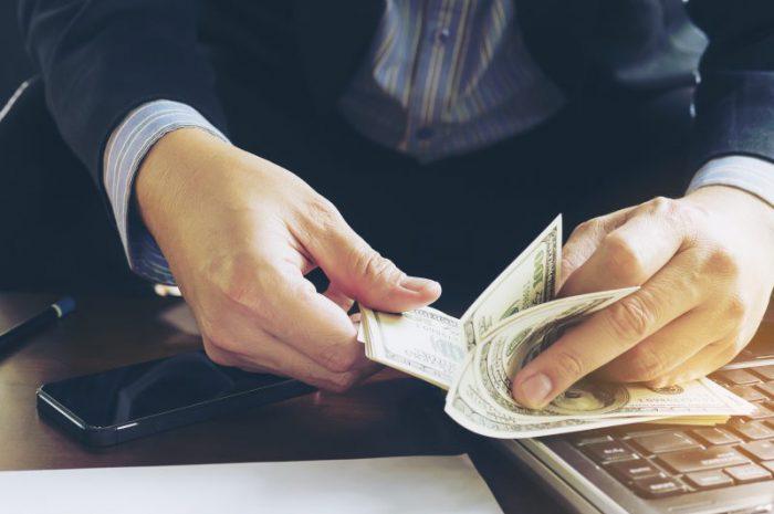 Kredyt gotówkowy czy pożyczka pozabankowa?