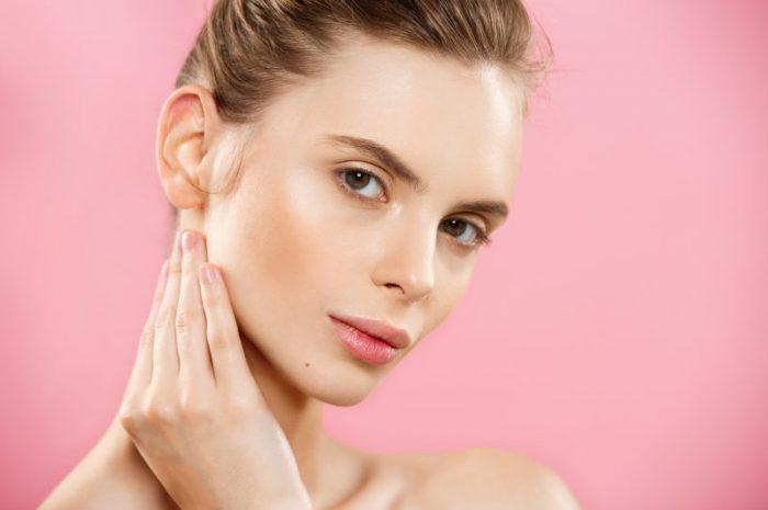 Kolagen do twarzy czy botoks – co wybrać?