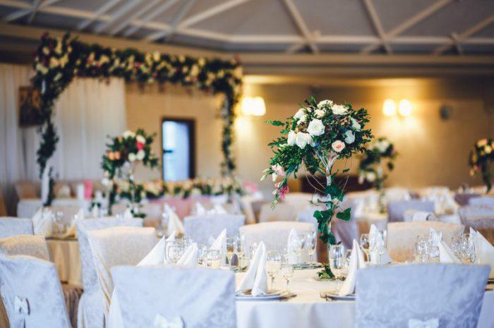Upominki dla gości weselnych. Jakie cieszą się największą popularnością?