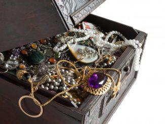 biżuteria-w-pudełku