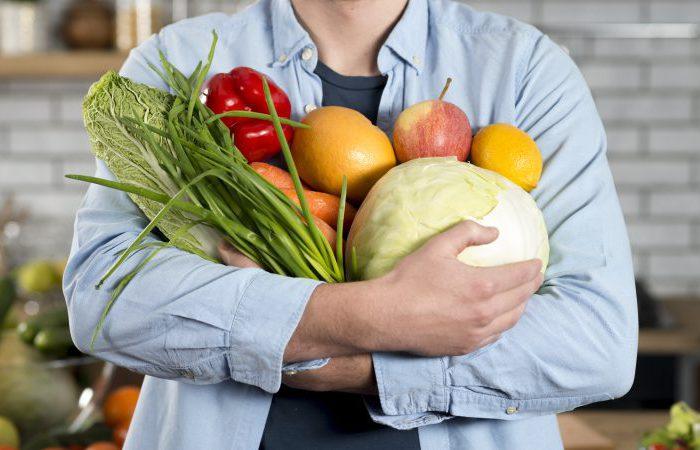 Czym jest carving? Sztuka rzeźbienia w owocach i warzywach