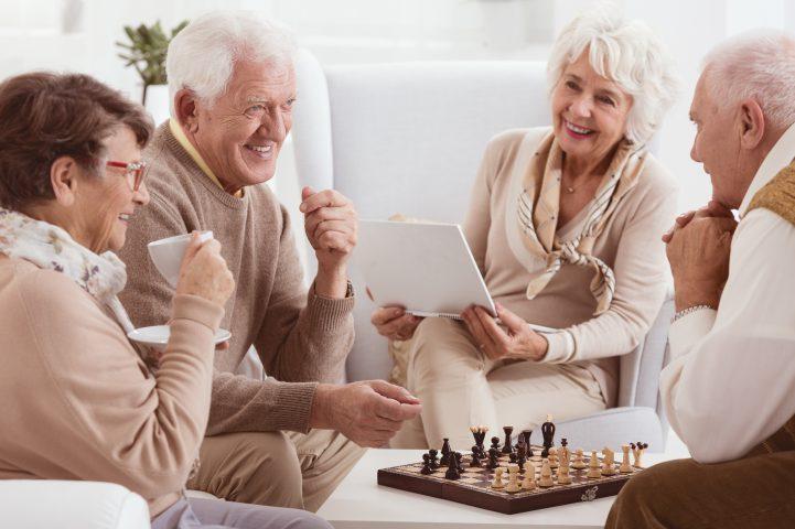 Samotność osób starszych – jak jej zapobiegać?