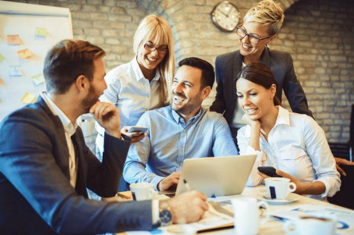 Prawdy i mity o programach partnerskich
