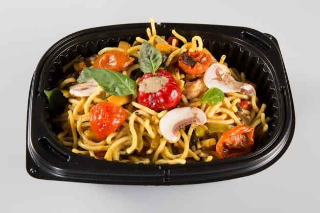 Catering dietetyczny – ratunek na brak czasu na gotowanie?