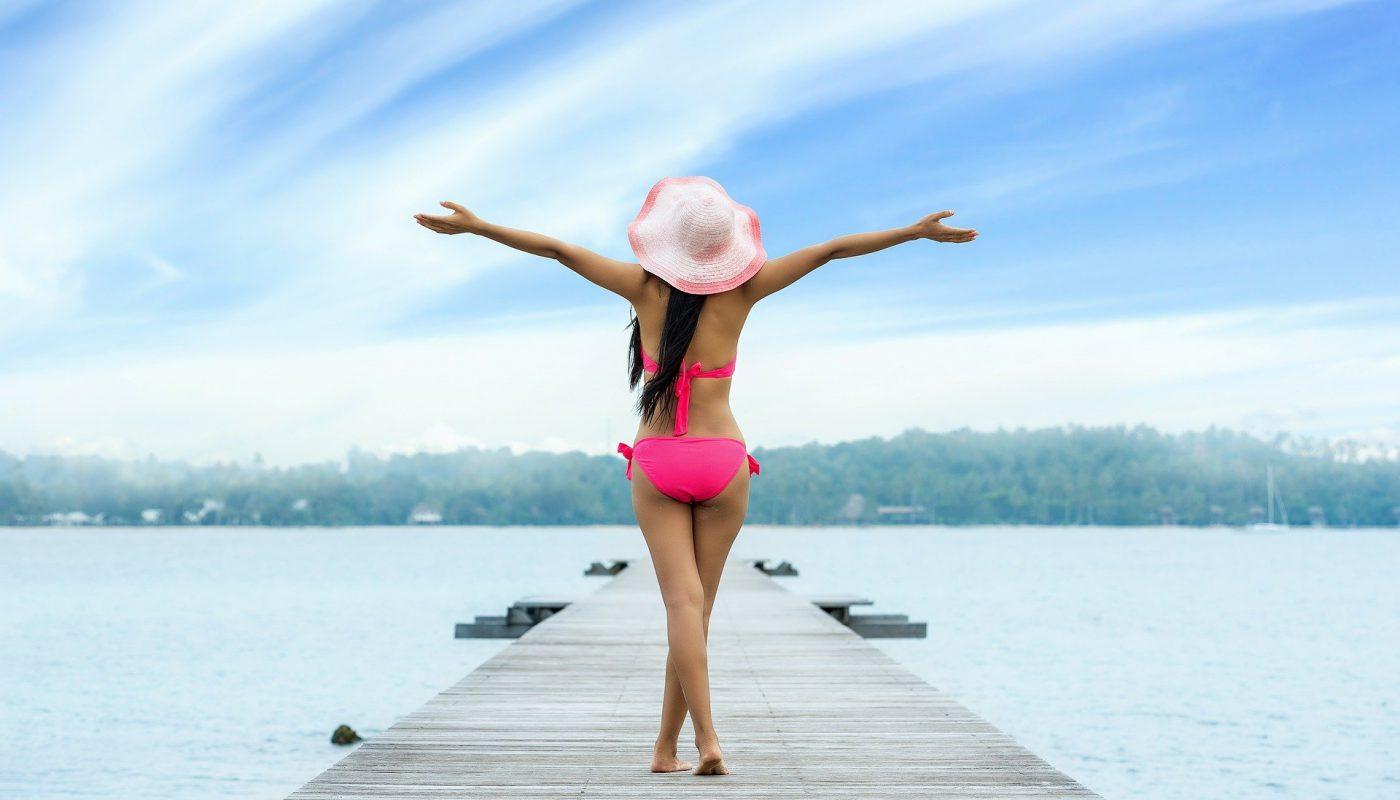 kobieta w bikini