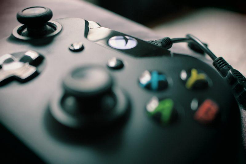 Dobierz odpowiednie akcesoria do pokoju gracza i do gamingowego monitora