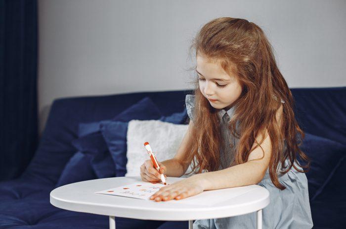 Tablica matematyczna – edukacyjna zabawa dla najmłodszych